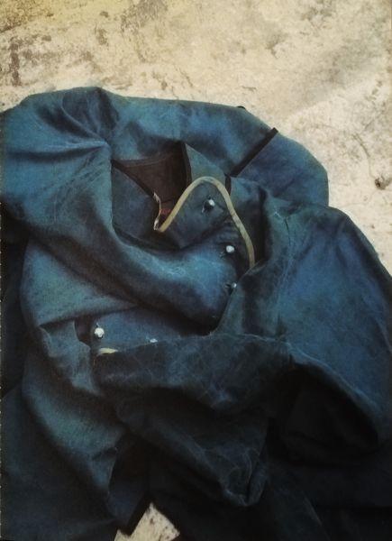 Manteau soie laquée © Sophie Hong